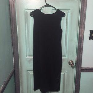 Dresses - LAST CHANCE NWT Versatile black dress